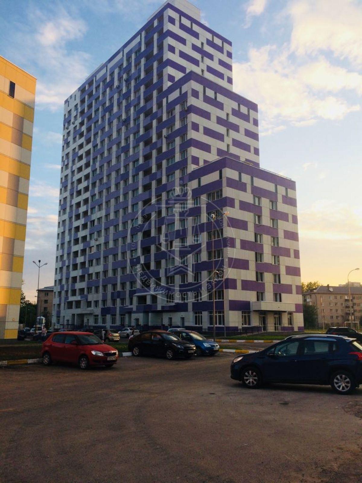 Продажа 3-к квартиры Роторная ул, 27б