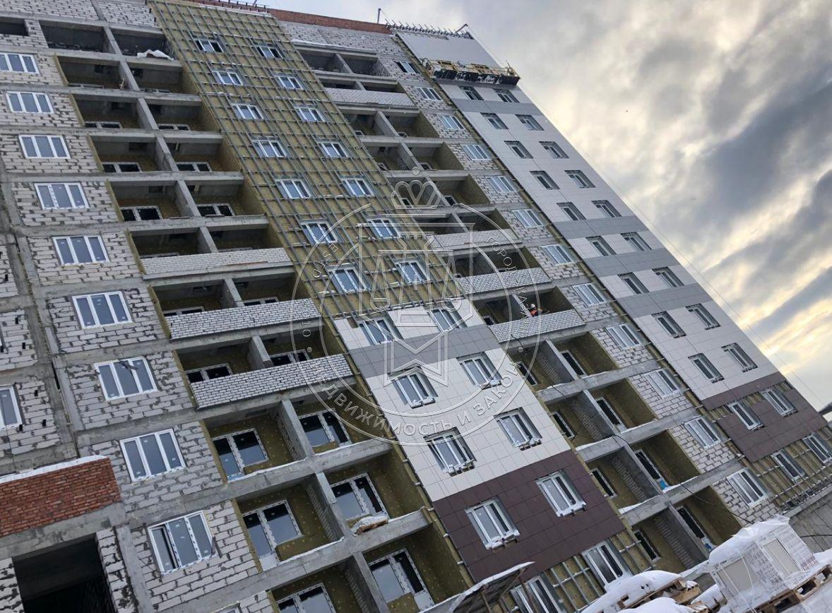 Продажа 3-к квартиры Аделя Кутуя ул,  108/1