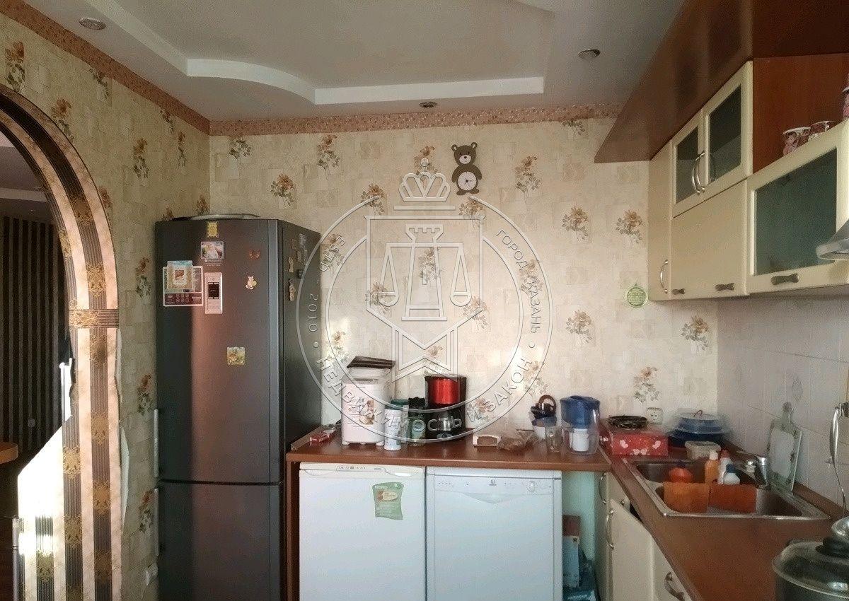 Продажа 3-к квартиры Адоратского ул, 43
