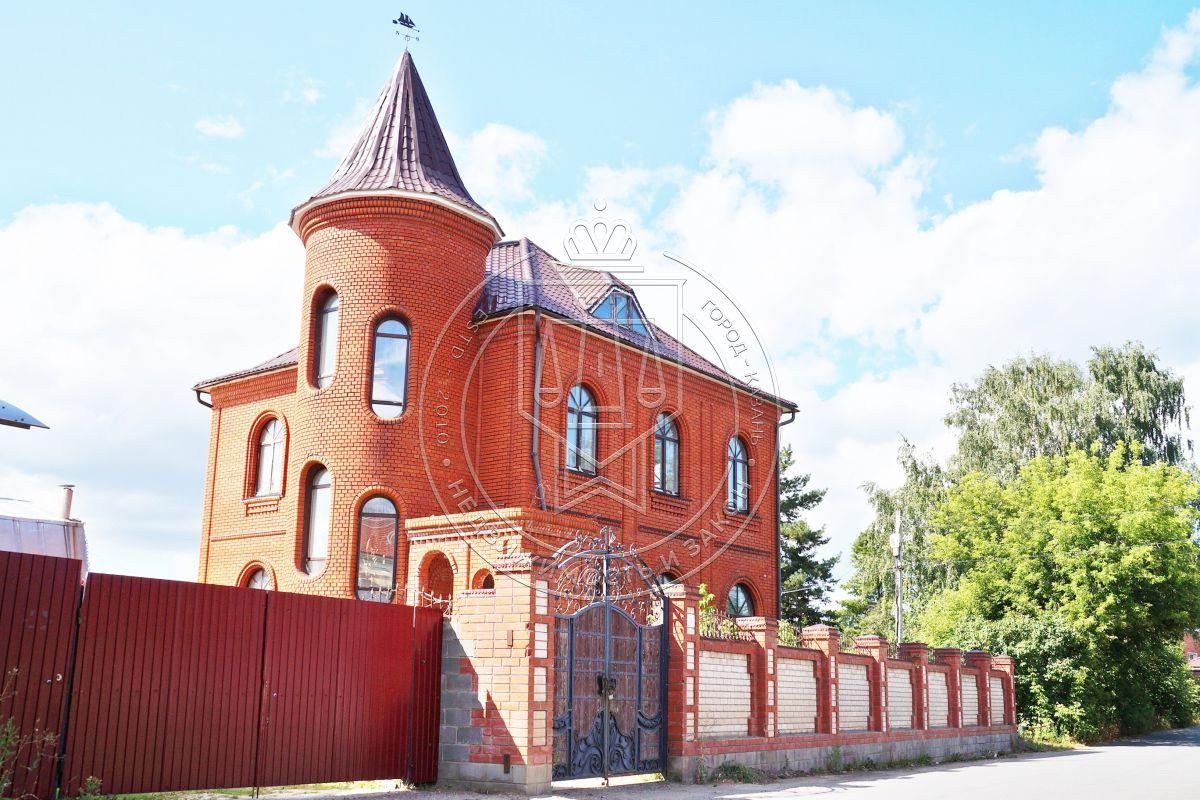 Продажа  дома Строителей, 76