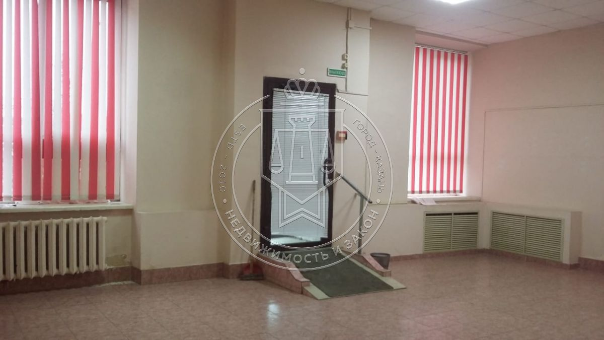 Продажа  помещения свободного назначения Сибирский тракт, 30
