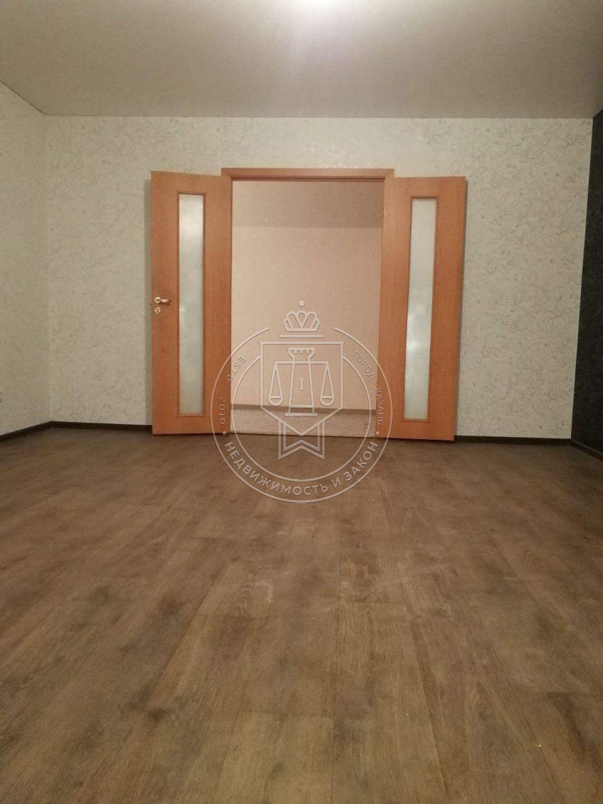Продажа 3-к квартиры Большая ул, 108