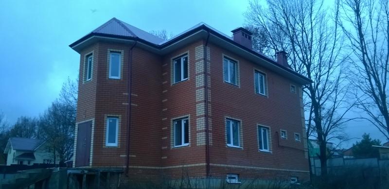 Коттедж 208 м² на участке 10 сот., п.Привольный,ул.Усердная (миниатюра №2)
