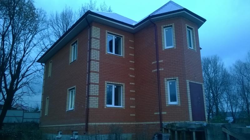 Коттедж 208 м² на участке 10 сот., п.Привольный,ул.Усердная (миниатюра №3)