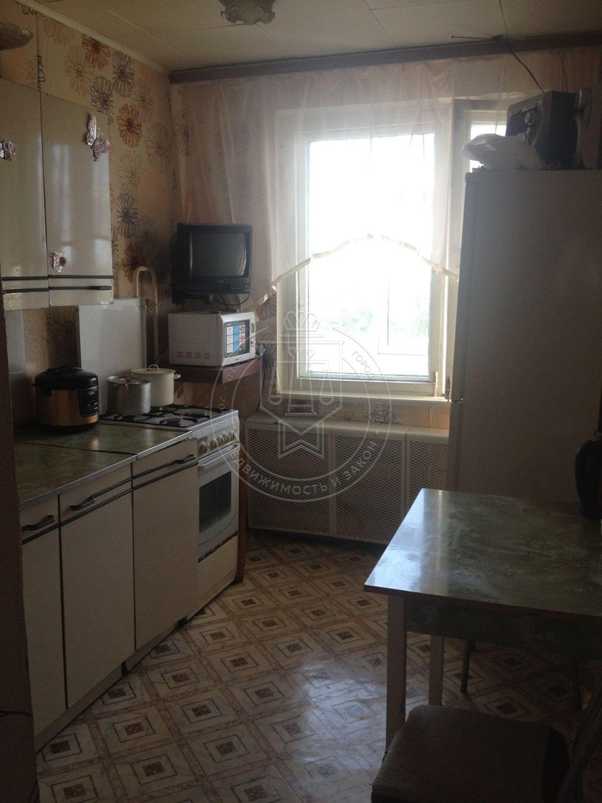 Продажа 3-к квартиры Рихарда Зорге ул, 93, 69.0 м² (миниатюра №1)