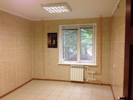 Аренда  офисно-торговые Юлиуса Фучика ул, 42, 70 м² (миниатюра №1)