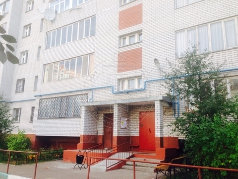 3-к квартира, 94 м², 3/9 эт., Завойского,д.15 (миниатюра №1)