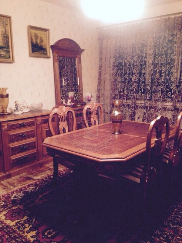 Продажа 4-к квартиры Павлюхина ул, 104 б