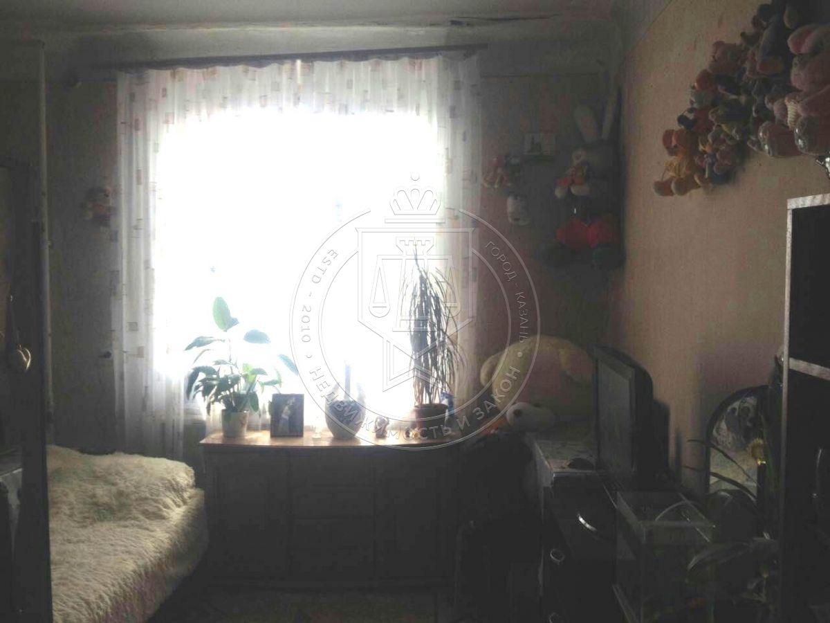 Комната 19 м² в 5-к, 5/5 эт., Побежимова ул, 47 (миниатюра №1)