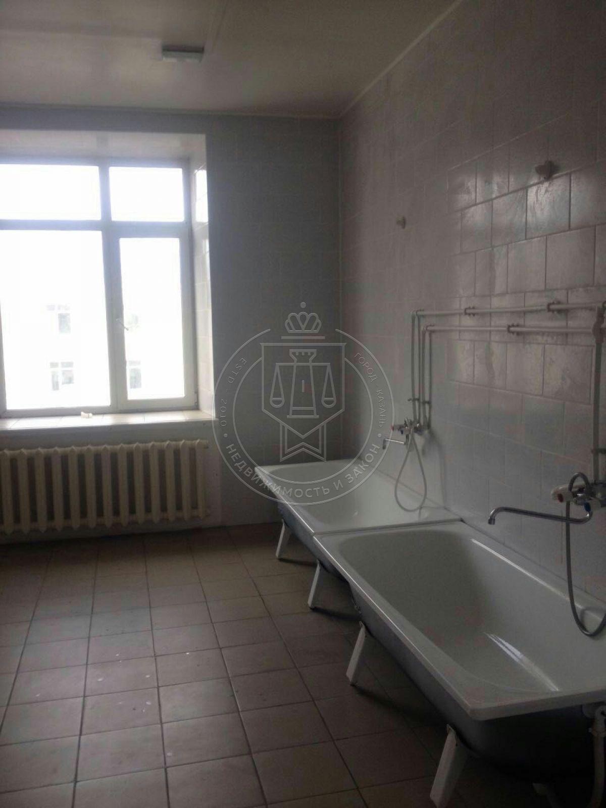 Комната 19 м² в 5-к, 5/5 эт., Побежимова ул, 47 (миниатюра №2)