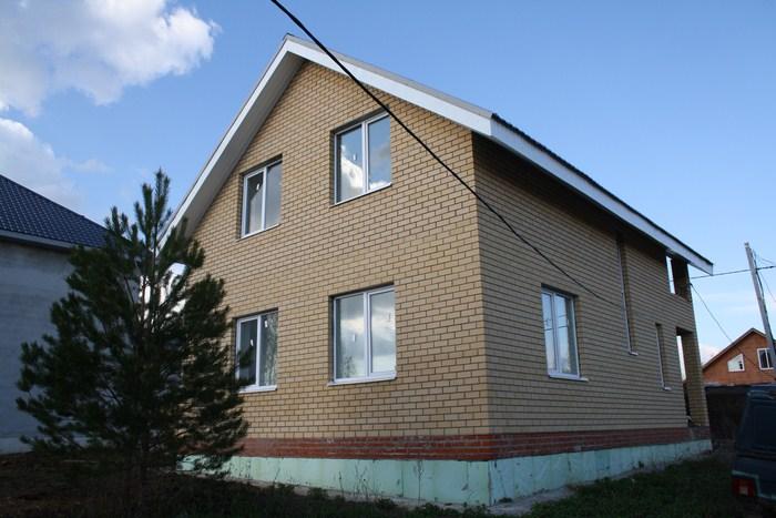 Коттедж 130 м² на участке 4.5 сот, п.Привольный,ул.Юмарт (миниатюра №1)