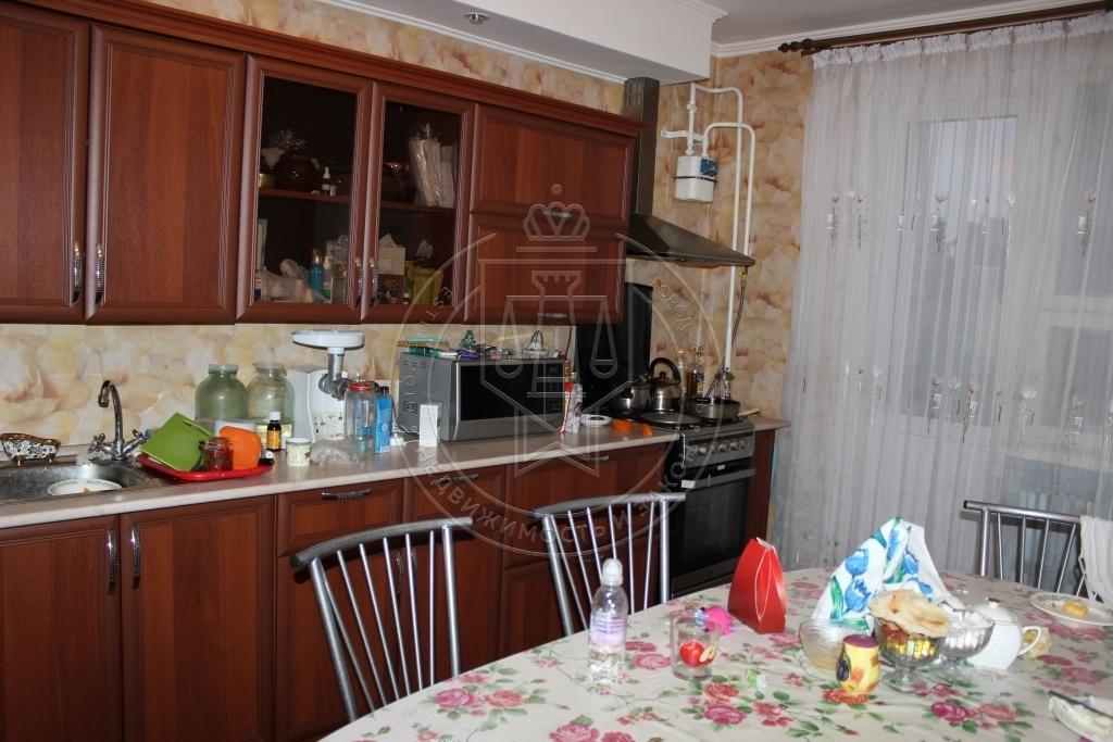 Продажа 2-к квартиры Победы пр-кт, 160, 60 м²  (миниатюра №1)
