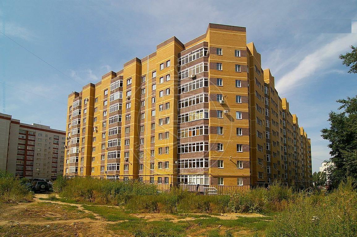 Продажа 3-к квартиры Космонавтов ул, 42а