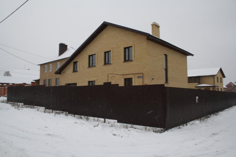 Продажа  дома п. Нагорный, ул Вишневая, 200 м2  (миниатюра №1)