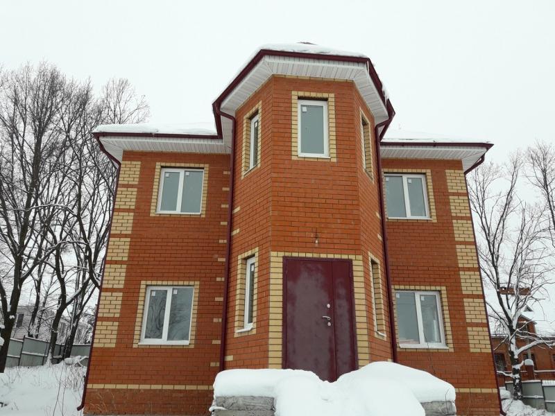 Продажа  дома п. Привольный, ул Усердная, 208 м2  (миниатюра №1)