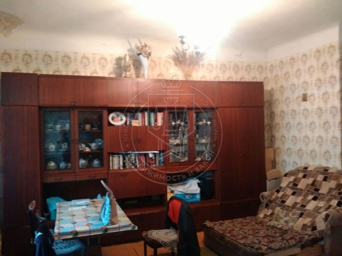 Продажа  комнаты Максимова ул, 41