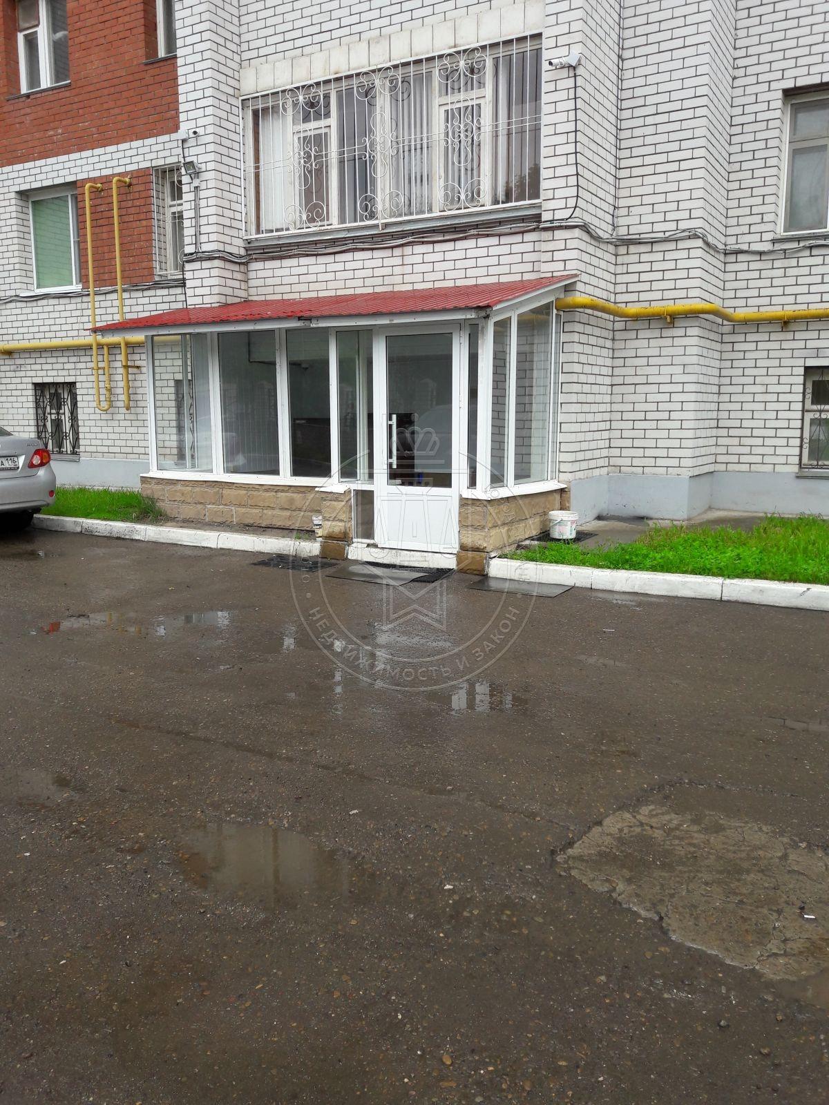 Продажа  помещения свободного назначения Толбухина ул, 11