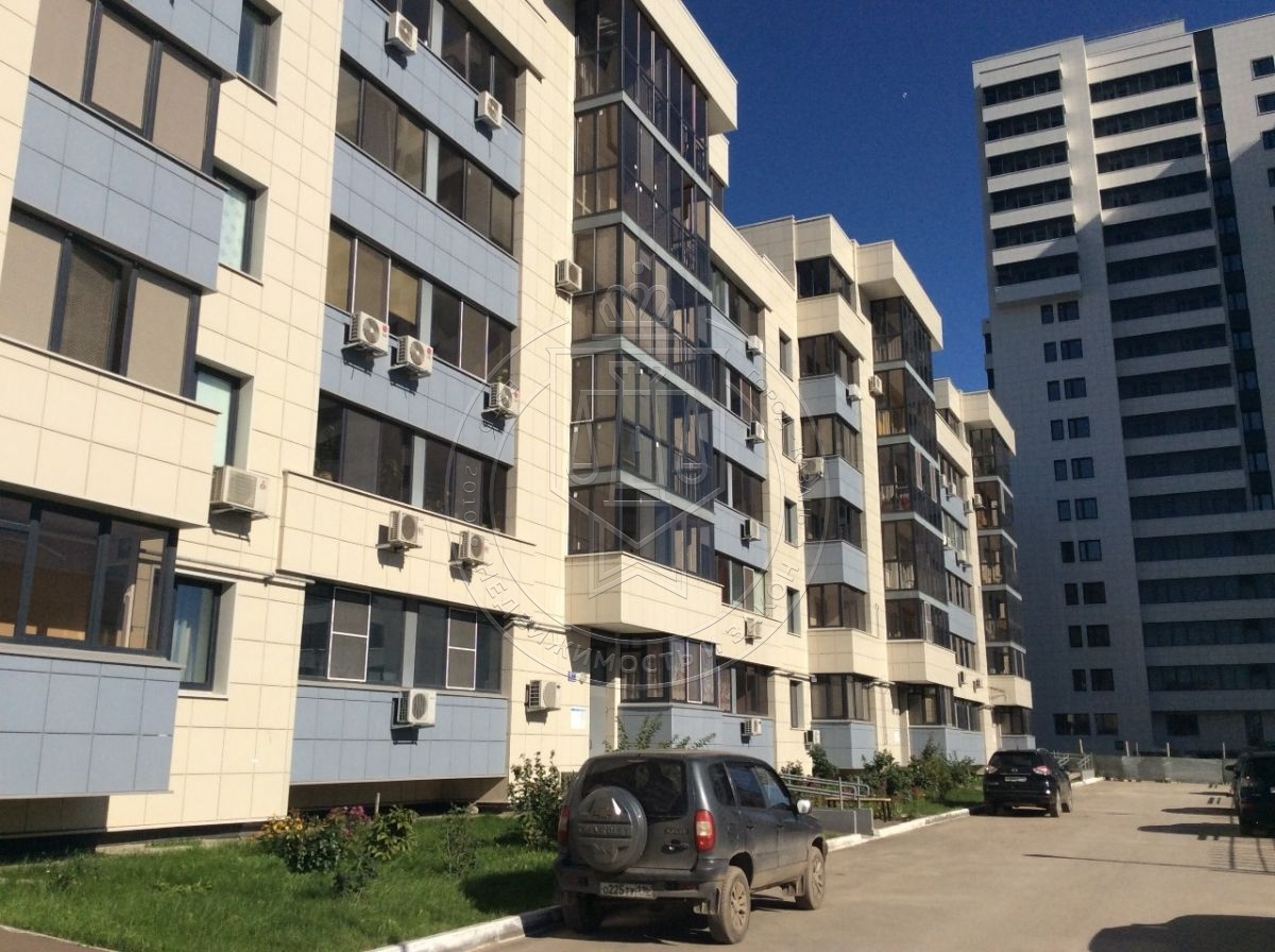 Продажа 3-к квартиры Сибгата Хакима ул, 5