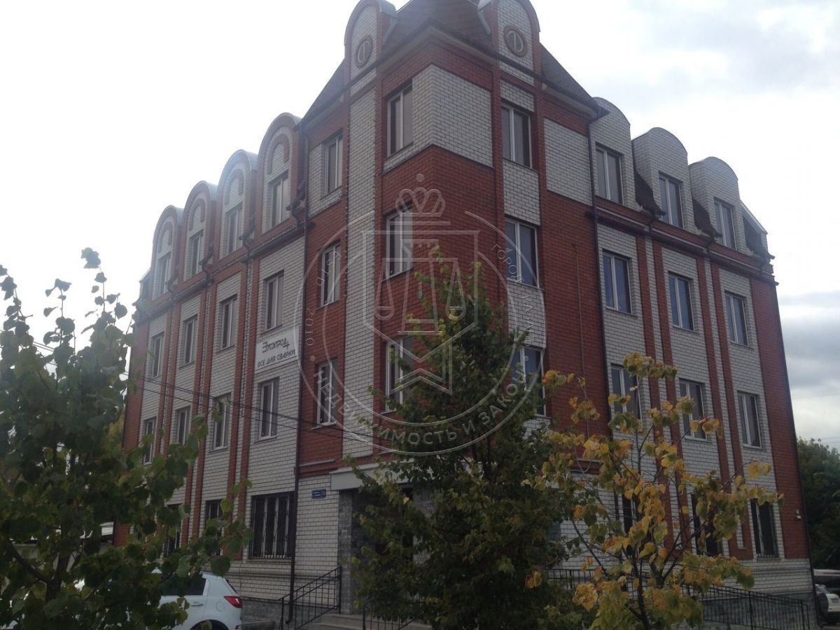 Аренда  офисно-торговые Гладилова ул, 35