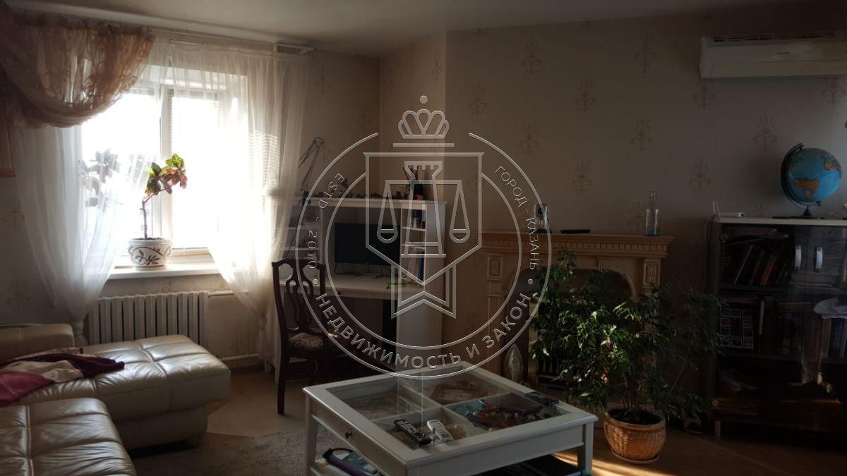 Продажа 3-к квартиры Адоратского ул, 66А