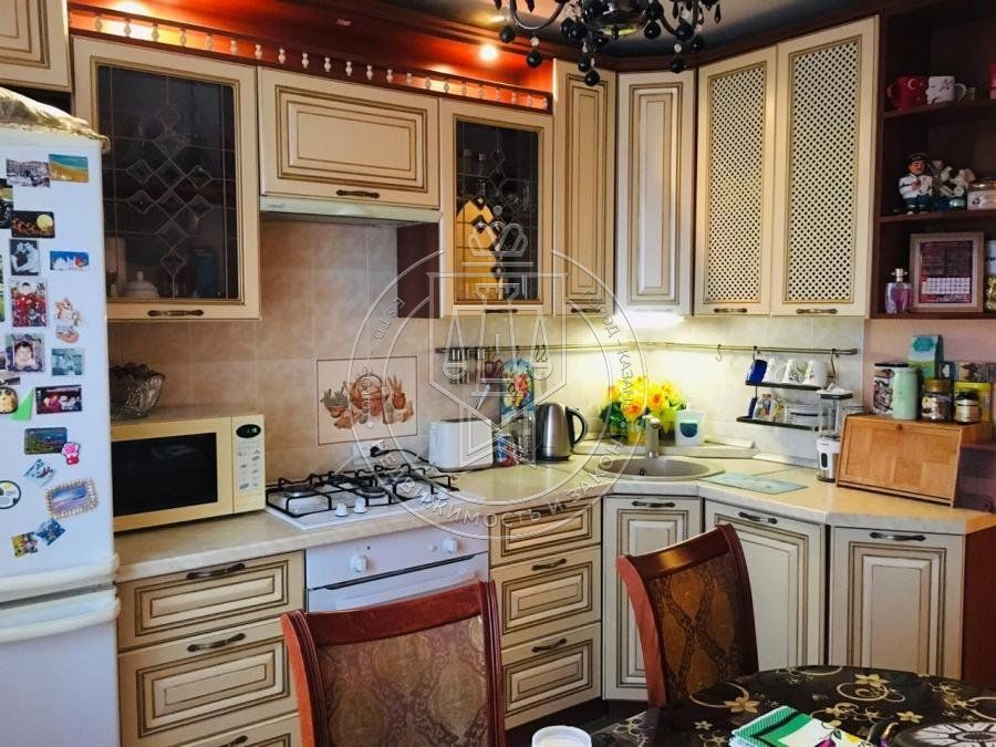 Продажа 2-к квартиры Юлиуса Фучика ул, 42