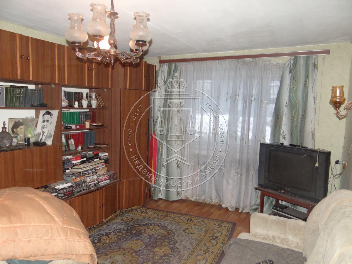 Продажа  комнаты Академика Арбузова ул, 42