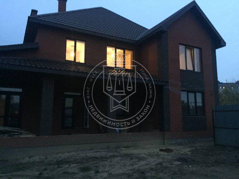 Продажа  дома Поперечно-Азинская, 70б
