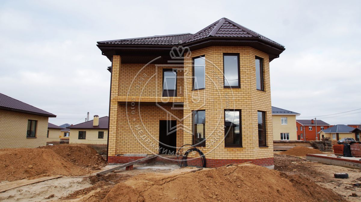 Продажа  дома Снежная, 25