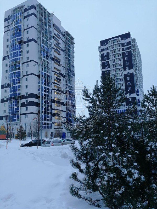 Продажа 3-к квартиры Сиреневая ул, 1,0