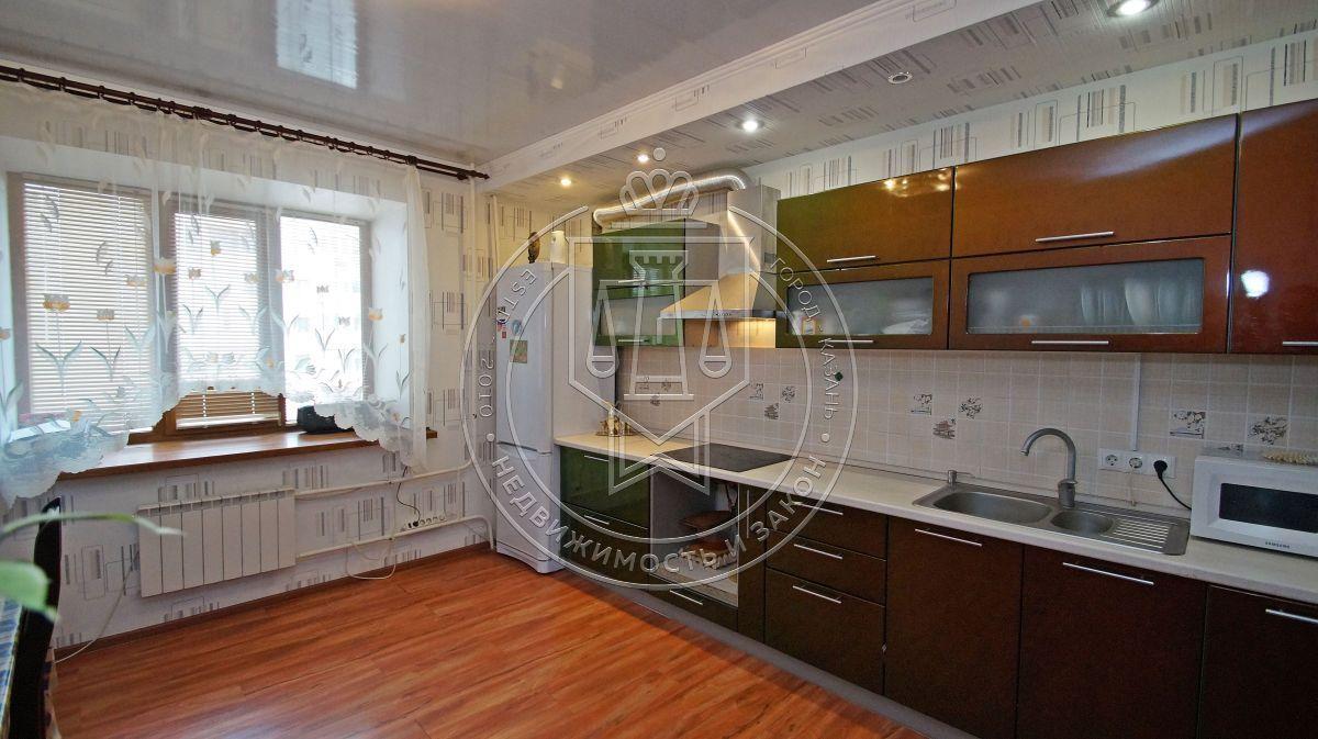 Продажа 3-к квартиры Соловецких юнг ул, 7