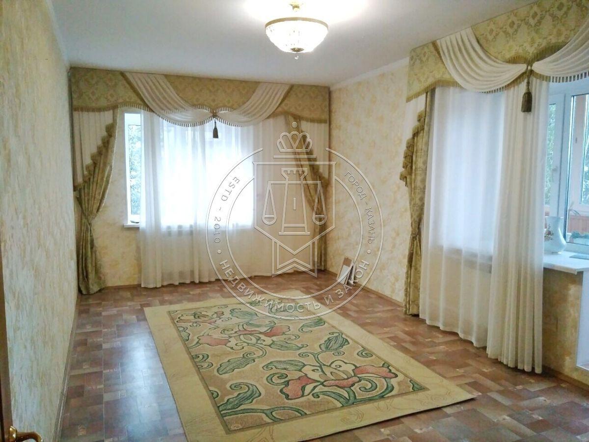 Продажа 3-к квартиры Юлиуса Фучика ул, 62А